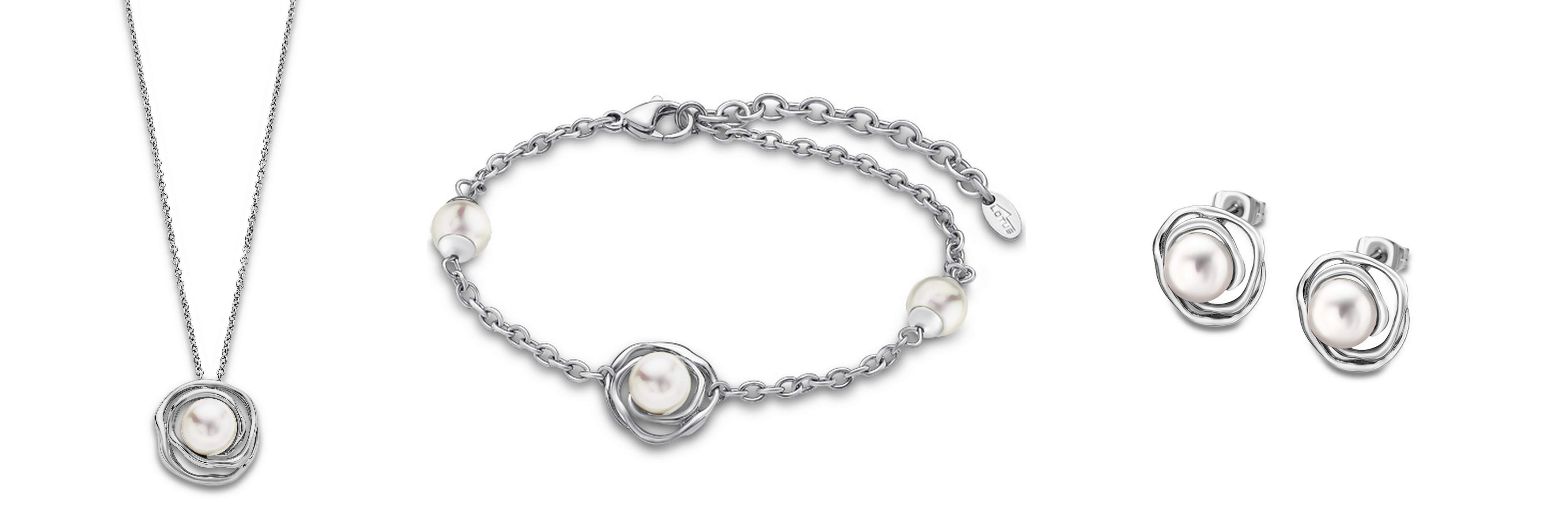 a1fc16dba Konkrétne dámskych a pánskych šperkov vyrobených o ocele. A práve  ušľachtilá oceľ a produkty z nej vyrobené zažívajú aktuálne vo ...